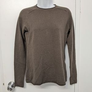 Vince cashmere sweater size xs